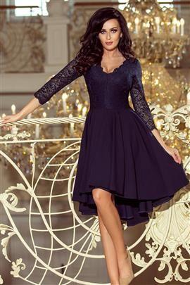 KLARA - sukienka z dłuższym tyłem z koronkowym dekoltem - GRANATOWA